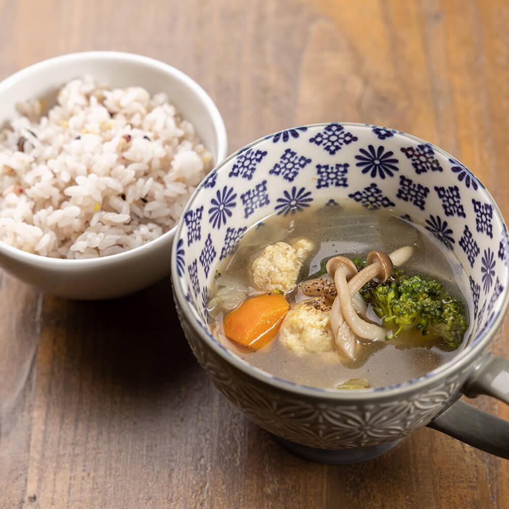 泉の薬膳スープ